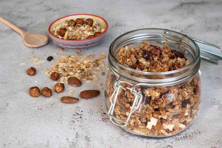 Müsli selber machen ohne Zucker – mit köstlichen Zutaten